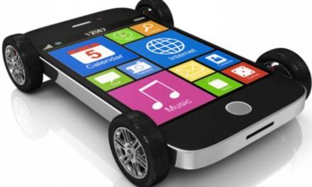 Auto connessa o smartphone su ruote?