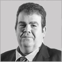 Xavier Linares, Director General de la Actividad de Arrendamiento & Pago por uso