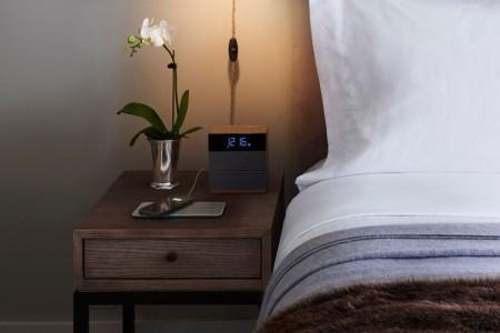 Gemakkelijk je telefoon of tablet uploaden met de Fli-Charge wireless mat. Bron: Digitaltrends.com