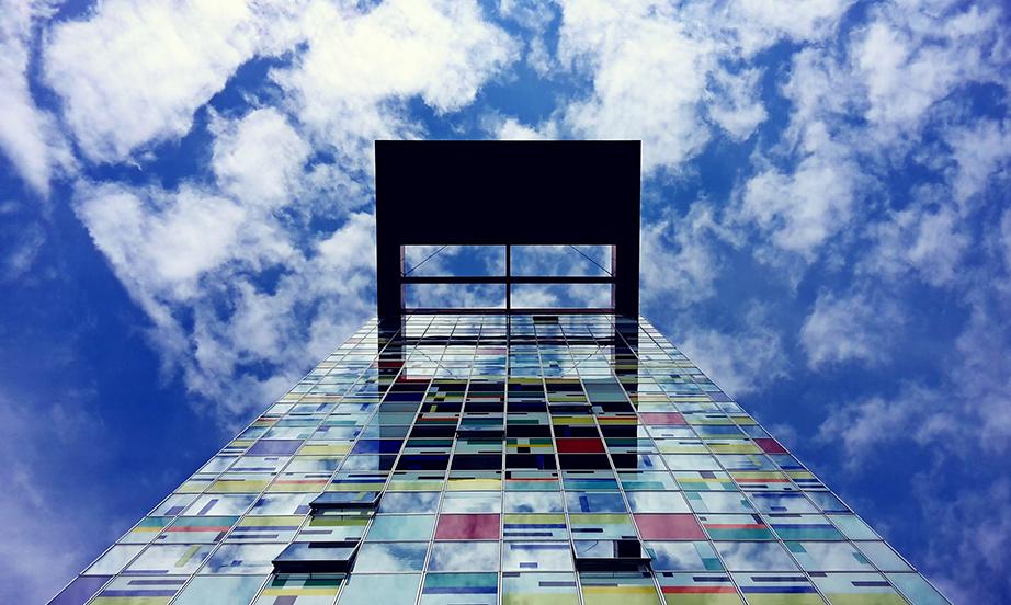 skyscraper-1562045_1920_une