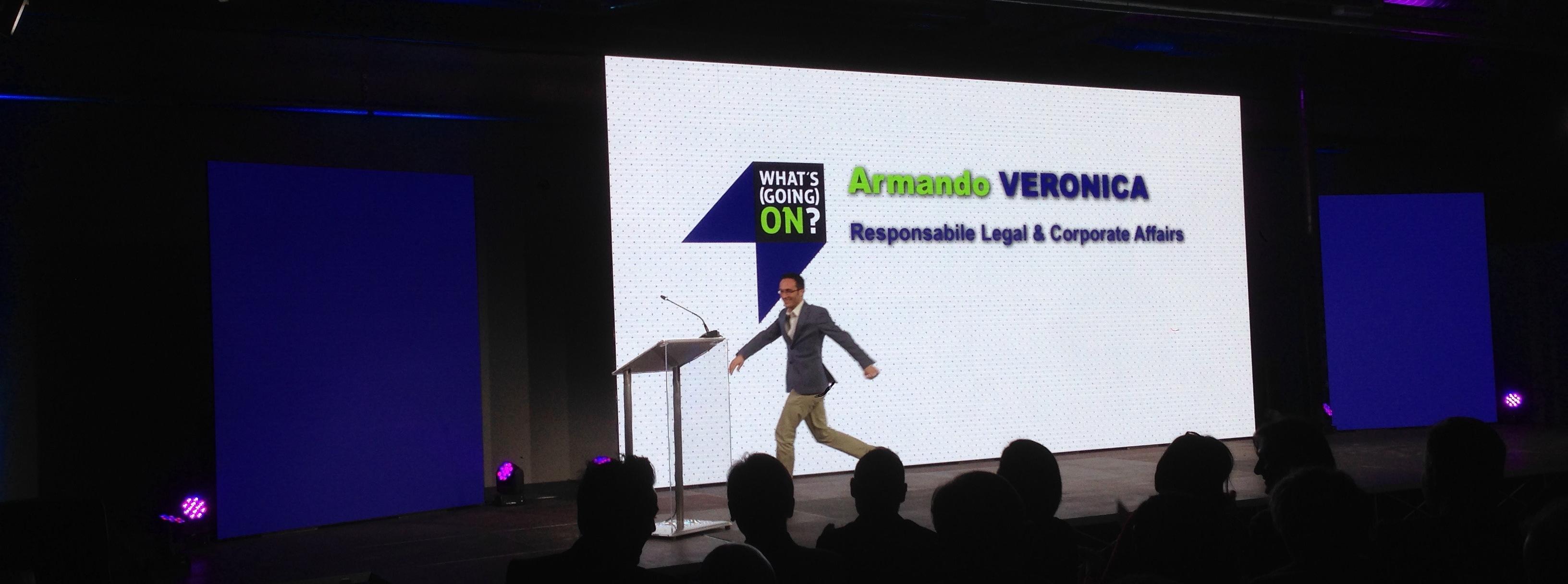 Armando Veronica sale sul palco