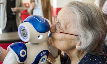 Le robot humanoïde, nouvelle star dans les établissements de santé