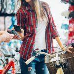 Comment rendre les consommateurs plus heureux ? Avec des émotions et du digital