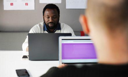 Qual a diferença entre solução e ferramenta APM?